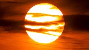 El sol i la calor ressequen ràpidament el terreny