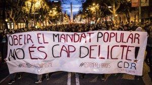 Els Comitès en Defensa de la República, durant una manifestació.