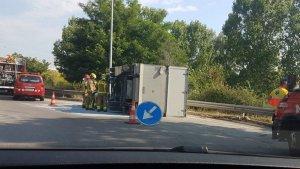Imatge del camió accidentat