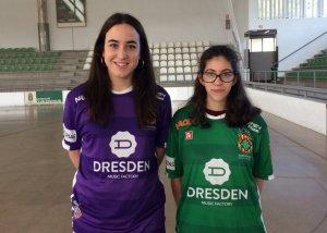 Jugadores del Cerdanyola CH mostren les noves samarretes