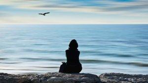 La soledad es un sentimiento que evitamos, pero del que podemos aprender.