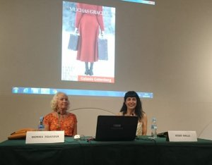Monika Zgustova a l'esquerra i Roser Amills a la dreta
