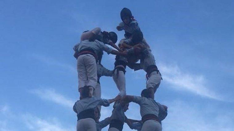 5de7 dels Nois de la Torre a la diada de Sant Joan