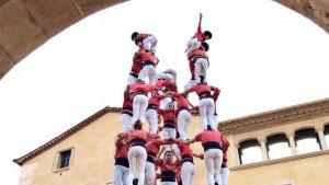 9de8 de la Colla Vella dels Xiquets de Valls a la diada de les Cultures d'Altafulla