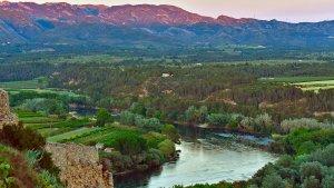 A la Ribera d'Ebre podreu fer rutes i contemplar paisatges espectaculars.