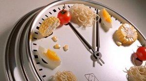 Cenar temprano reduce el riesgo de sufrir cáncer de mama y próstata