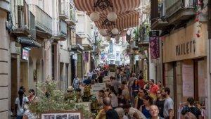 Com és habitual, un dels dies de la fira cau en dimecres, coincidint amb el dia de mercat setmanal a Valls