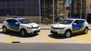 Dos vehicles de la Policia Local de Palafrugell en una imatge d'arxiu