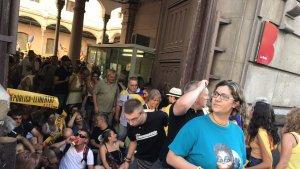 Els republicans volen assegurar la porta d'entrada al recinte, al carrer d'Entença