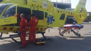 Fins al lloc s'hi ha desplaçat un helicòpter i una ambulància del SEM