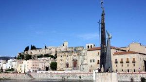 Imatge del monument franquista de Tortosa.