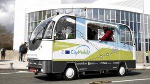 Imatge d'un dels autobusos sense conductor que circulen, des de fa dos anys a Sant Sebastià