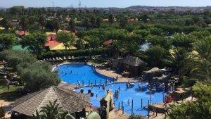 Imatge d'una de les piscines del resort Cambrils Park.