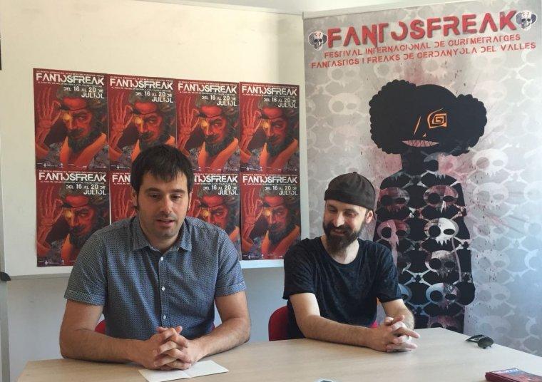 L'alcalde, Carles Escolà , i el director del Fantosfreak, Rafa Dengrà , en roda de premsa