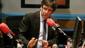 El president de la Generalitat, Carles Puigdemont, durant l'entrevista a RAC1 aquest dimarts, 12 de setembre.