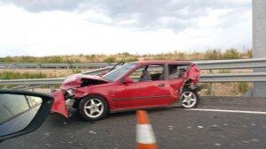 Imatge de l'accident a la T-11, a la rotonda de Les Gavarres.