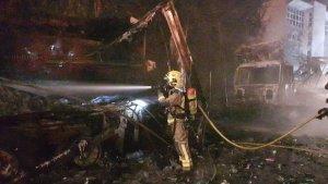 Imatge dels Bombers a la zona de l'incendi