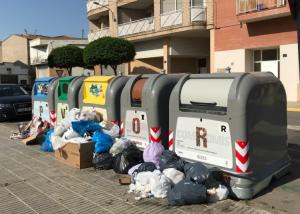 Més imatges dels contenidors a Torrefarrera