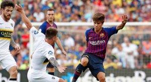 Riqui Puig en una jugada del partit davant del Boca Juniors
