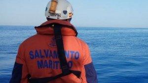 Un miembro de Salvamento Marítimo