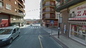 Calle Eduardo González Gallarza cerca de la avenida San Marcial, en Lardero, donde habría ocurrido la tragedia de la muerte de la niña de 9 meses.