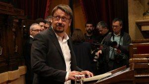 El líder de Catalunya en Comú Podem, Xavier Domènech, durant la seva intervenció al Parlament el passat 1 de març