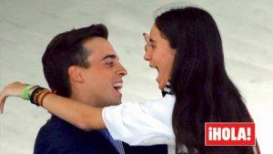Fotografía en exclusiva de 'Hola' de Victoria Federica abrazándose con Gonzalo