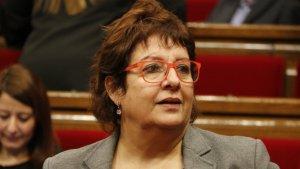 La consellera de Treball i Benestar, Dolors Bassa, al ple del Parlament del 25 de gener de 2017.