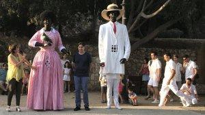 Presentació del nou vestit de la gegantona la Negrita amb la consellera Begoña Floria