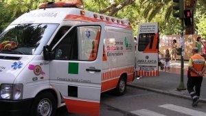 Imagen de archivo de una ambulancia del servicio de Emergencias 112 de Cáceres.
