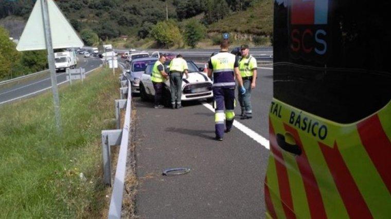 Dos personas han resultado heridas en el accidente