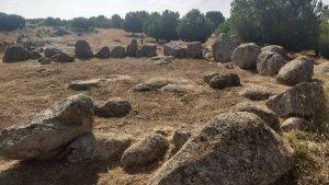 Así es el conjunto circular de menhires del estilo de Stonehenge investigado en la meseta toledana
