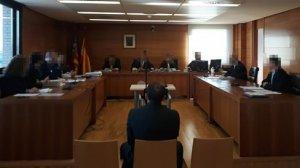 Demanen 150 anys de presó per quatre abusos sexuals i d'oferir diners a canvi de sexe a més de 365 xiquetes a Castelló
