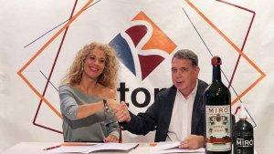 El Tomb de Reus i Vermuts Miró signen un conveni de col·laboració
