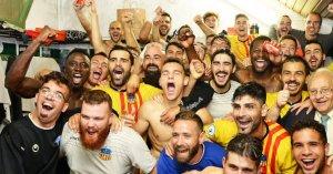 El vestidor del Sant Andreu celebra la classificació pels setzens de final