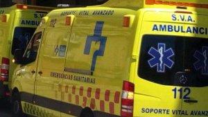 Imagen de archivo de una ambulancia del Servicio Riojano de Salud