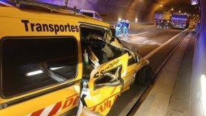 Imagen del accidente en el túnel de la A-67 en Cantabria, sentido Palencia.