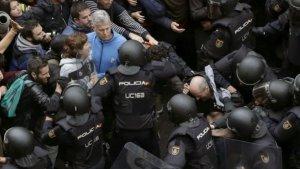 Imatge d'arxiu de les càrregues policials del passat 1-O a Catalunya.