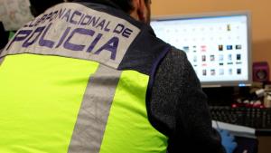 Imatge d'arxiu d'un agent de la Policia Nacional.