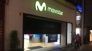 Imatge de la botiga Movistar, al carrer Monterols de Reus