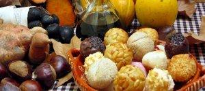 La Castanyada és una festa tradicional de Catalunya