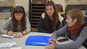 La reunió s'ha celebrat al voltant de les 17.00 hores amb la presència d'Aina Miracle, Aina Bonet, Ivette Moriën, Marta Mandri i Alba Bulló