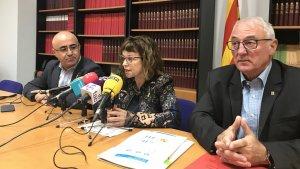 La roda de premsa amb la directora del SOC, Mercè Garau, i el delegat del Govern, Òscar Peris