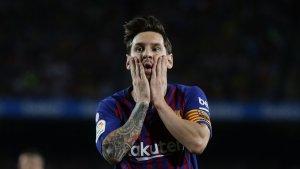 Leo Messi lamenta una ocasió fallada davant el Girona
