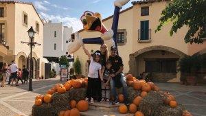 Luis Suárez i la seva família, a les instal·lacions de PortAventura World