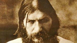 Os desvelamos quién era Rasputin y cómo influyó en la Rusia zarista.