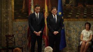 Pedro Sánchez i Ximo Puig hui, durant els actes institucionals del 9 d'Octubre