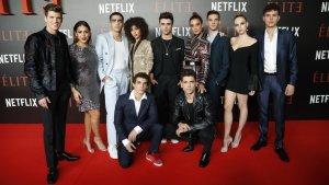 Reparto de la serie de Netflix, 'Élite', en el estreno de la serie en Madrid