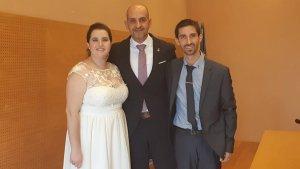 Una imatge del darrer casament que va oficiar el regidor socialista Vale Pino, fa pocs dies.