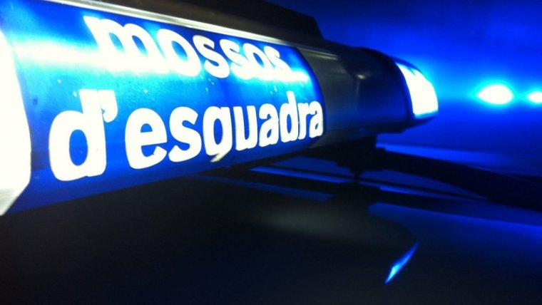 Els Mossos d'Esquadra han detingut 14 persones en una nit per diversos robatoris